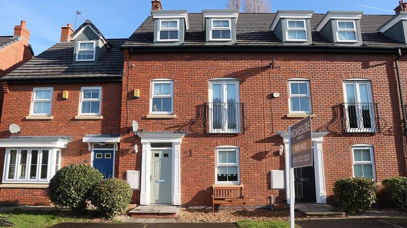 Applewood Grove, Halewood, Liverpool, Merseyside. L26 6BR